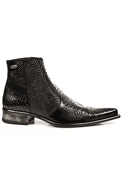 84ea7e8bc9e AUTHENTIC BLACK LEATHER SNAKESKIN BOOTS Steel heeled snakeskin low ...