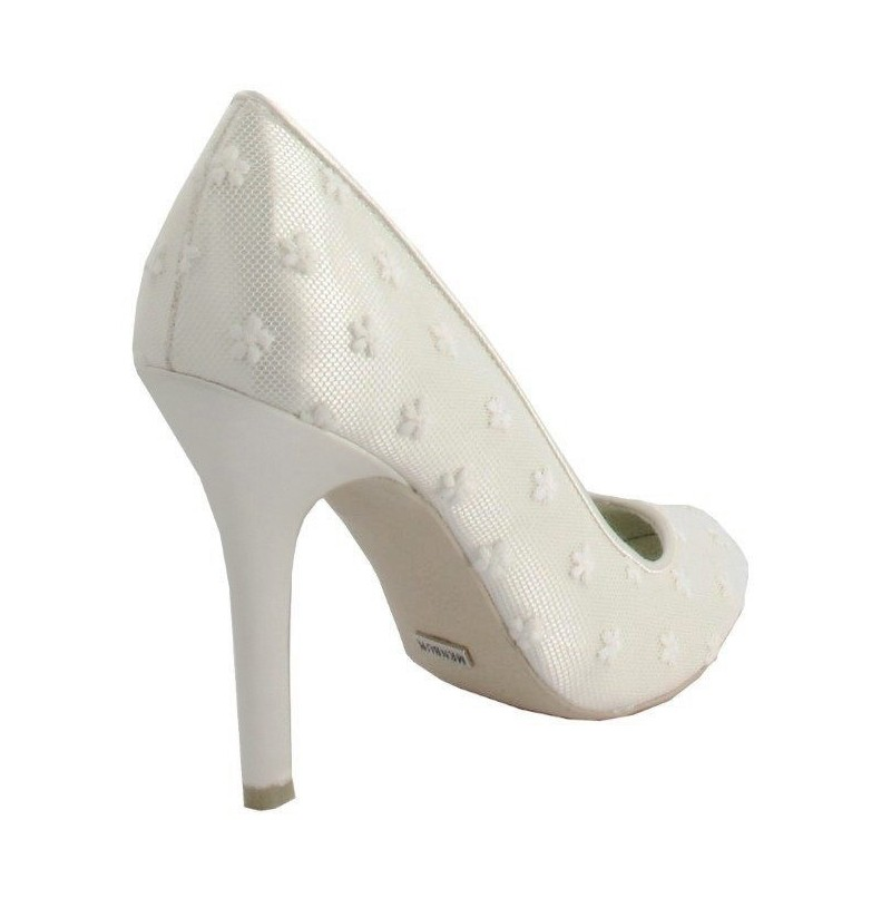 Closed toe cream bridal heels OFF-WHITE LACE WEDDING SHOES