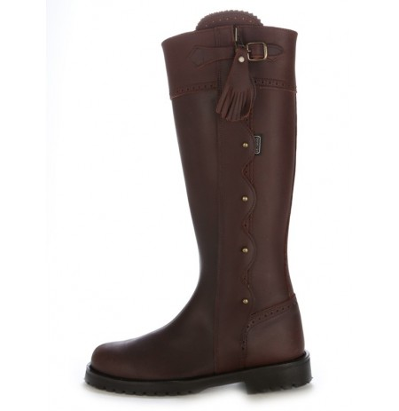Original brown leather hunting boots