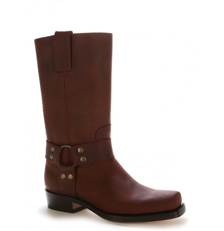 Brown bike boots with bridles and rivets