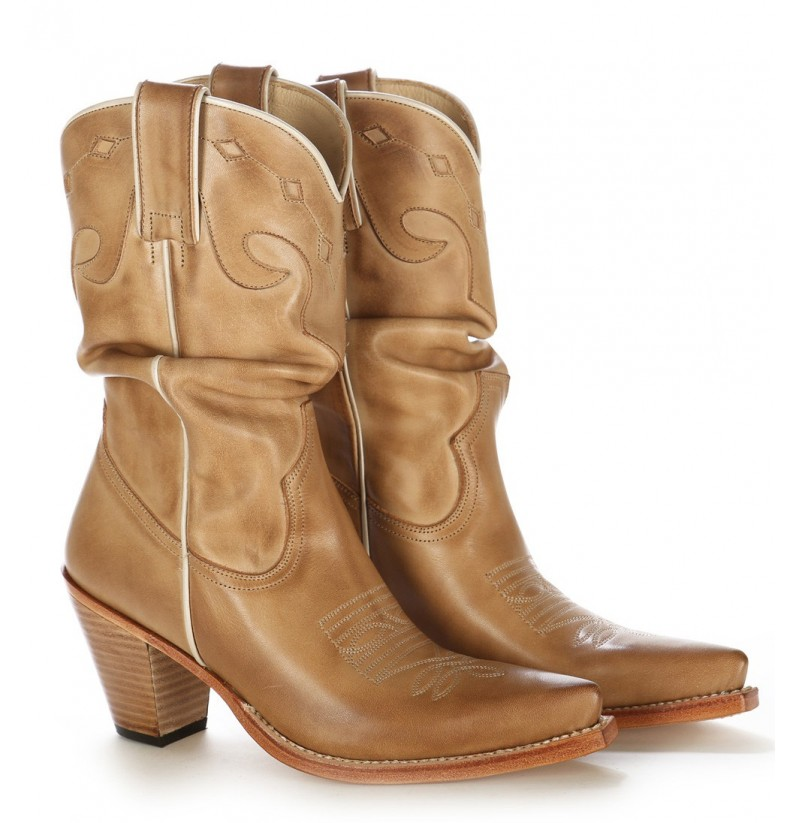 Women leather boots, womens leather shoes, low heel boots, tall shoes, leather boots, womens boots, vintage beige shoes EU 35 UK USA VilRaVintage. 5 out of 5 stars () $ Favorite Add to See similar items There are 73 tall beige boots for sale on Etsy, and they cost $ on average. The most popular color?