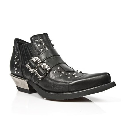 Black studded rock men shoes