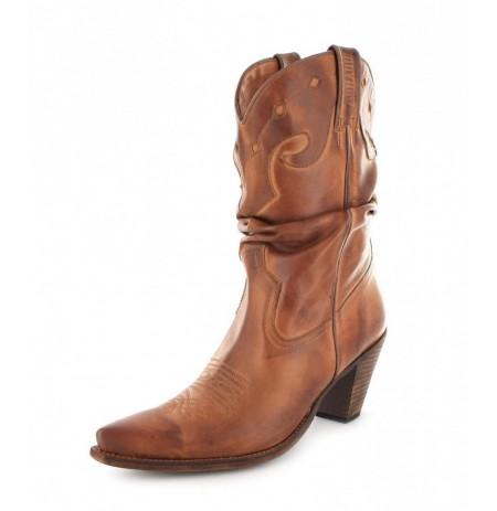 Ladies beige leather cowboy boots