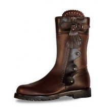 Original leather hunting boots with a short upper