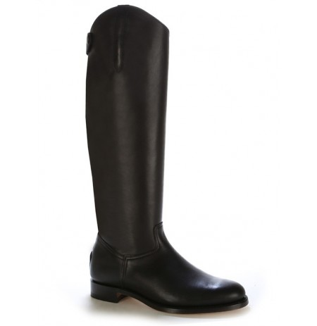 Black leather dressage boot for horse riding