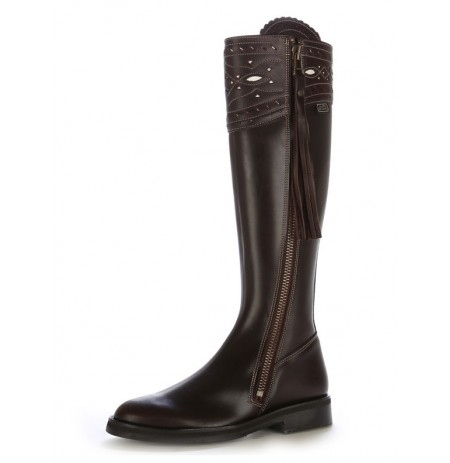 Custom made Iberian brown leather riding boots