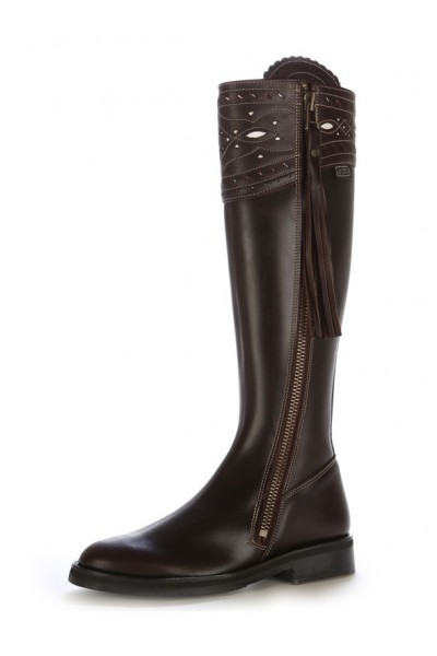 48a385dbfea41 Custom made Iberian brown leather riding boots