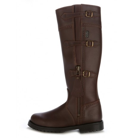 Leather hunting boots with bridles