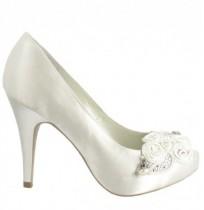 Elegant beaded bridal shoes