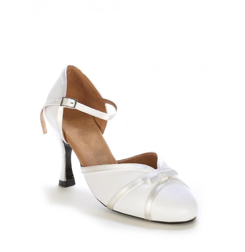 Bridal Shoes Elegant: Elegant White Leather Bridal Shoes