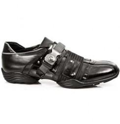 Black leather sneaker for man