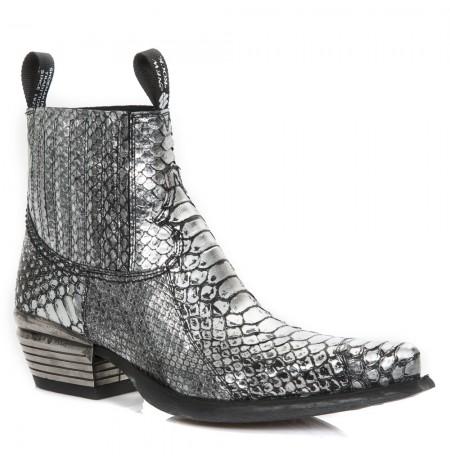Elegant camel snake ankle boots for men