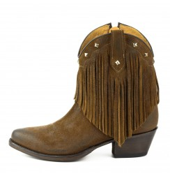 Lady leather comboy ankle boots with fringes