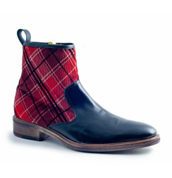 Trendy Scottish men's boots