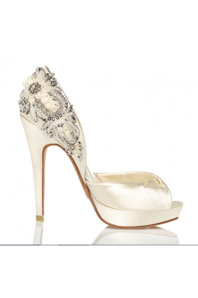a8d8e1a1031 Beaded ivory bride shoes with stiletto heel