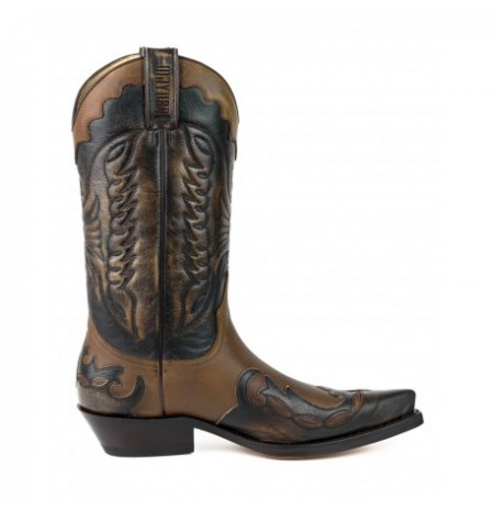 Elegant two-coloured leather Mexican cowboy boots