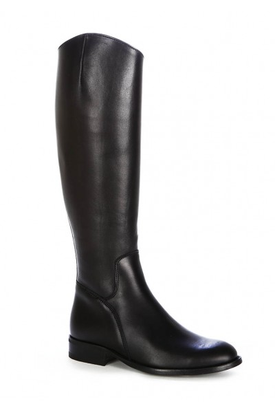 Black leather riding boots for women