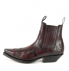 Burgundy leather ankle cowboy boots