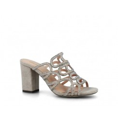 Ladies glamourous evening shoes with diamonds